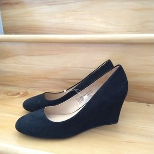 A new day black wedge heels size 8.5